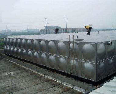 云峰服务区—不锈钢水箱